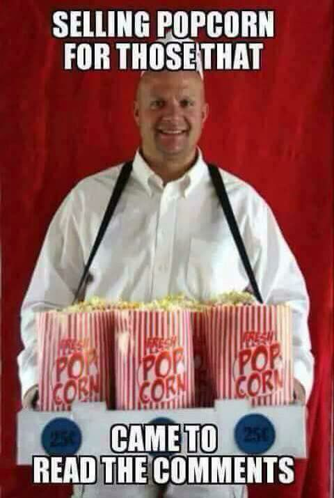 Cavo coax  Popcorn-comment-man-selling-to-people-reading